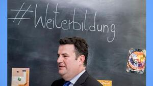 SPD'de lider krizi O da istemiyor