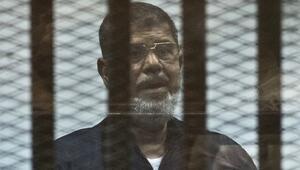 Mursi'ye 20 dakika müdahale edilmediği iddia edildi
