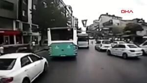 Ümraniyede zincirleme trafik kazası kamerada