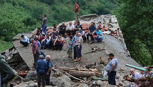 Son dakika... Trabzondaki sel: Ölü sayısı 5e yükseldi, 5 kişi aranıyor