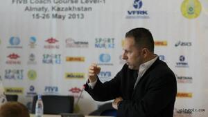 Türk antrenör Kazakistanı olimpiyat elemelerine hazırlayacak