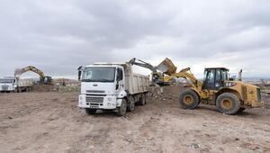 Önder'den 4 bin kamyon moloz toplandı