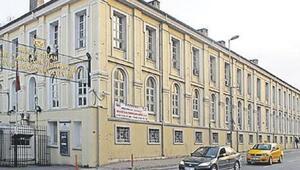 Mimar Sinandaki kırbaçlı skandalın cezası belli oldu