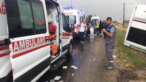 Nevşehirde turist otobüsü devrildi: 27 yaralı