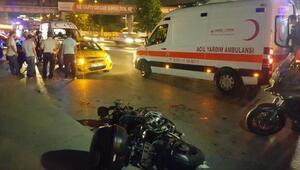 Taksi ile motosiklet çarpıştı: 2 yaralı