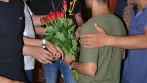Mesut Özilden seyyar çiçek satıcılarına tepki