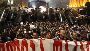 Gürcistanda protestolar sonucu seçim sistemi değişti