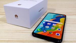 Huawei P30 lite: Uygun fiyatlı telefon arayanlara...