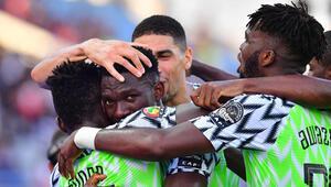 Nijerya 2de 2 yaptı