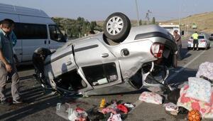 Yozgatta düğüne giden aile kaza yaptı: 5 yaralı