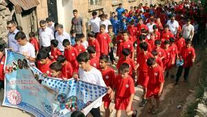 Bitlis'te bin 500 çocuk yaz spor okuluna başladı