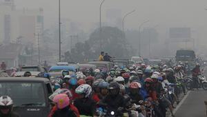 Endonezyada çevrecilerden hükümete hava kirliliği davası