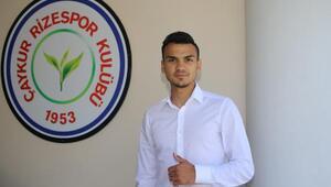 Çaykur Rizespor, Atakan Akkaynak ile anlaştı