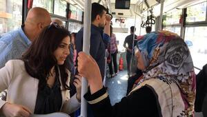 Van Büyükşehir Belediye Başkanı, otobüste yolcuları dinledi