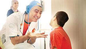 Sevgi Doktorları destek bekliyor... Güldürerek güç veriyorlar