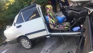 Antalyada yolcu otobüsüyle otomobil çarpıştı: 2 ölü, 3 yaralı