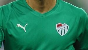 Bursasporda yaprak dökümü 11 futbolcu takıma veda etti...
