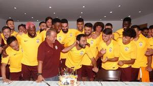 Fatih Terime futbolculardan 45. yıl kutlaması