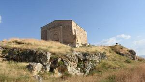 Uçurumun kıyısındaki 839 yıllık tarih; Divriği Kale Camisi