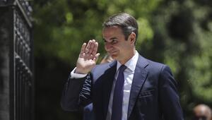 Yunanistanda Miçotakisin imtihanı başlıyor