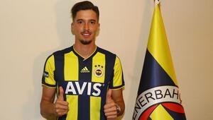 Altay Bayındır: Bir oyuncuyu Fenerbahçe isterse bu reddedilemez