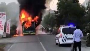 Beykoz'da belediye otobüsü alev alev yandı