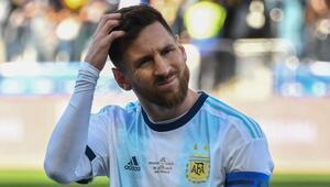 Messiye bir şok daha Copa Amerikanın en iyi 11inde yok...