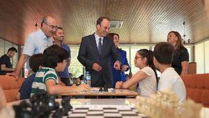 Pamukkalede çocuklar için ücretsiz satranç kursları başladı
