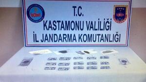 Kastamonu'da zehir tacirlerine operasyon: 10 tutuklama