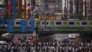 Japonya nüfusunda düşüş Yabancı işçiye yönelmeye başladılar
