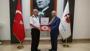 Jandarma Genel Komutanı Çetin, Vali Çakacak'ı ziyaret etti