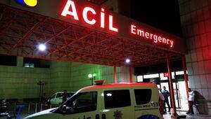 Malatyada otomobil kamyonete çarptı: 2 polis yaralı