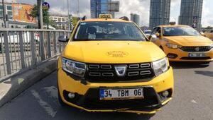 Beşiktaşta trafik polisine çarpan taksici gözyaşlarına boğuldu