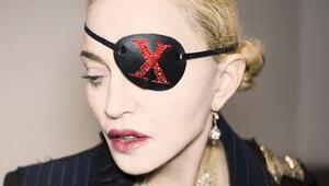 Madonna mücevherlerimin uğuruna inanıyor