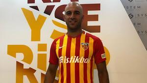 Aymen Abdennour Kayserispora imzaladı