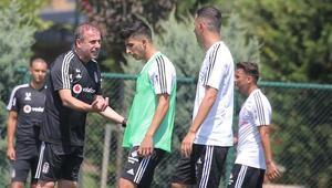 Beşiktaşta yeni sezon hazırlıkları sürüyor Burak Yılmaz yok...