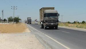 Suriye sınırındaki Akçakaleye askeri sevkiyat