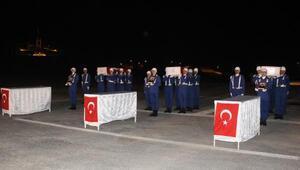 Hakkaride şehit olan askerler törenle memleketlerine uğurlandı
