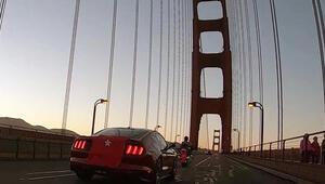Dünyaca ünlü köprüde 15 Temmuz anması...