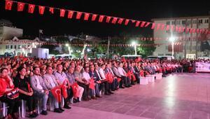 Manisa'da binlerce vatandaş 15 Temmuz etkinliklerine katıldı