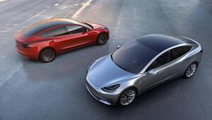 Tesla Model 3ün fiyatını düşürdü
