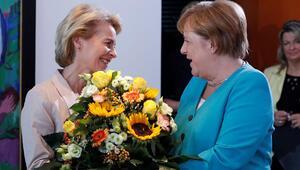 Steinmeier ve Merkel AB Komisyonu Başkanı von der Leyen'i tebrik etti