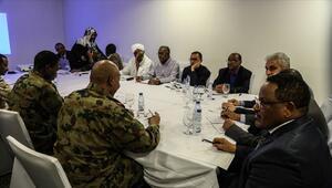 Sudanda geçiş dönemi için siyasi belge imzalandı