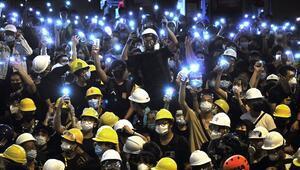 Hong Kongda Çine iade tasarısına karşı protestolar hız kesmiyor