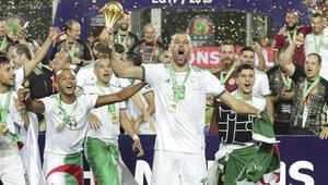 Takım şampiyon oldu, Slimani olay çıkardı