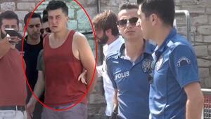 Taksim'de psikolojisi bozuk turist paniği