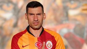 Galatasarayda Şener Özbayraklı depremi