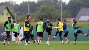 Fenerbahçenin Avusturya kampı başladı