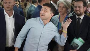 Ukraynada seçimi Devlet Başkanı Zelenskiyin partisi kazandı