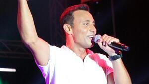 Mustafa Sandalın Avrupada tanınmasını sağlayan 2003 yılında çıkardığı albümü hangisidir